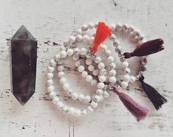 Hippie bracelets in natural stones, colorful cotton tassel and white howlites, bracelet, Tibetan, Bohemian, boho