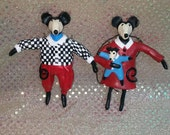 Pair of Mouse Figurines signed Judie Bomberger OOAK Mice Characters Family Ornaments 5 inches