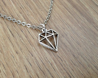 Silver coloured chain necklace with geometric diamond charm pendant