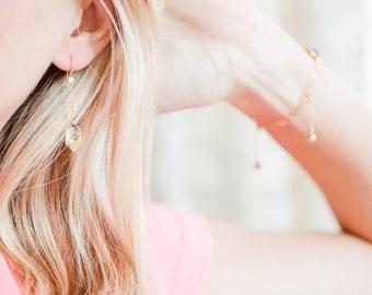 Delicate Gold Earrings // Gold Hammered Art Deco Link Earrings // Gold Filled Dangle Earrings // Everyday Gold Earrings