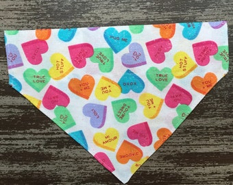 Valentine's Day Collar Bandana Dogs and Cats - Slide on Collar Sleeve - Pet Scarf Bandana / Colourful Conversation Candy Hearts
