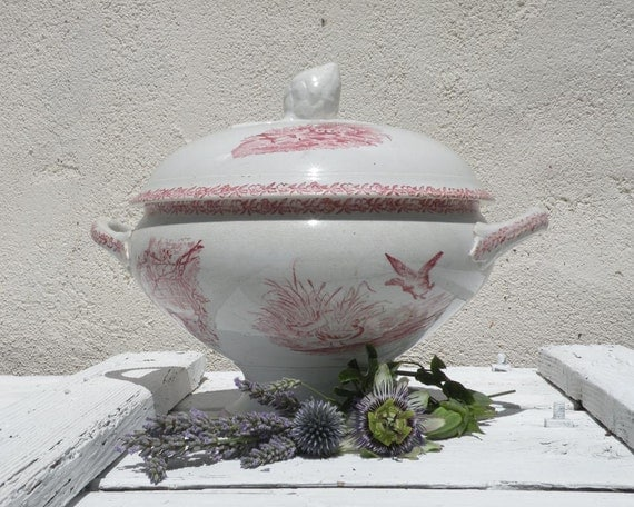 French antique pink transferware tureen / soupière, French antique, vintage tureen, soupière, cottage chic, country home, animals