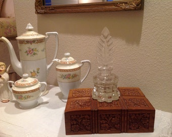 Vintage Art Deco Perfume Bottle/Perfume Bottle/Vintage Bottle/Art Deco/Antique Perfume Bottle/Pressed Glass