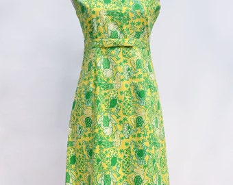 Lilly Pulitzer, Vintage Lilly Pulitzer, Vintage Dress, Lilly Pulitzer Dress, Frog Print, Yellow and Green,  Size 6, Sundress, Summer