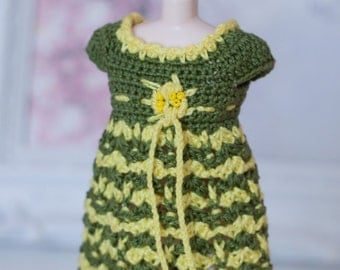 sale! dress for blythe dolls-green/yellow