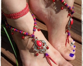 Indian style red howlite barefoot sandals. Festival feet. Hippie toe thongs. Bohemian wedding. Belly dance costume. Yoga.Hooping. Anklet.