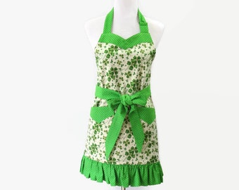 Womens Green Clover Apron, Green St. Patrick Day Apron, lover Apron, Floral Green Apron, Green Kitchen Apron, Green Irish Apron