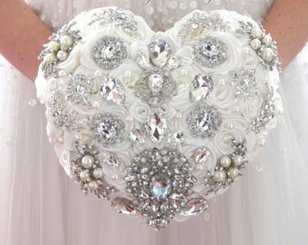 BROOCH BOUQUET White or ivory Heart shaped silver brooch bouquet. Alternative heart wedding bouquet