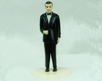 "Vintage 3 1/2"" GROOM in Black Tuxedo on Heart-shaped Base CAKE TOPPER or Party Favor"