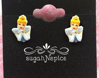 Cinderella Earrings - Disney Princess Earrings - Princess Cinderella - Cindy Earrings - Little Girl Earrings - Princess earring