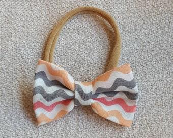 Coral & Gray Wave Hair Bow