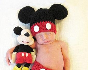 Mickey Mouse crochet hat, Disney Crochet Hat