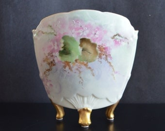 Antique Limoges Martial Redon Hand Painted French Porcelain Vase Clam Shell Shaped & Footed 1800s French Decor Art Nouveau Style