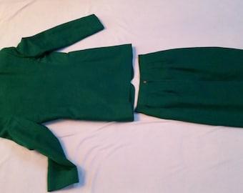 Kelly Green Linen 2 piece Skirt Suit