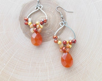 No. 8289JE - Carnelian Briolettes and Freshwater Pearl Earrings