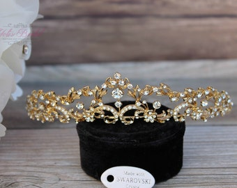 FAST SHIPPING!! Gold Swarovski Tiara, Crystal Tiara, Bridal Tiara, Quinceañera Crown, First Communion Tiara