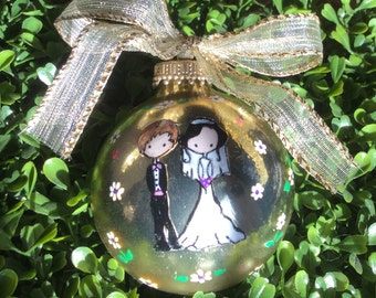 Personalized Wedding Ornament - Wedding Gift - Anniversary Gift - Couple Holding Hands
