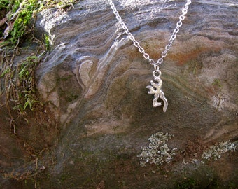 Browning Necklace, Country Girl Necklace, Country Girl Jewelry, Buck Necklace, Deer Necklace, Deer Antler Necklace