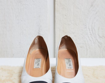 1980s Celine White and Black Leather Pumps • 6.5 W