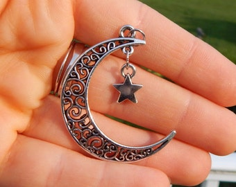 Moon and Star Necklace Silver