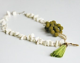 Necklace No. 1001, New Unique style.