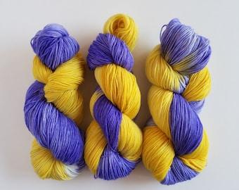 THE FRIENDS DOOR- Hand Dyed Superwash Sock Yarn- Hand Dyed Superwash Merino Nylon- 462 yards