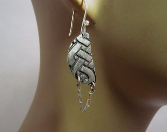 Item 4700-3 999 Fine Silver Hand Crafted carved sculpted weaved Lightweight Dangle Chain Earrings