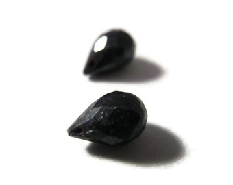 Two Sapphire Beads, 2 Matching Sapphire Briolettes, Faceted Gemstones for Making Jewelry, 8x5mm-9x6mm (Pt-Sa4)