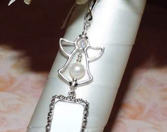 Pearl Angel memorial photo charm. Remembrance photo charm with angel and freshwater pearl. Remember me. Pearl angel photo charm.