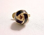 Monet Black Band Knot Single Replacement Clip On Earring Gold Tone Striped Vintage Open Wrapped Ribs Striped Edge Comfort Paddle