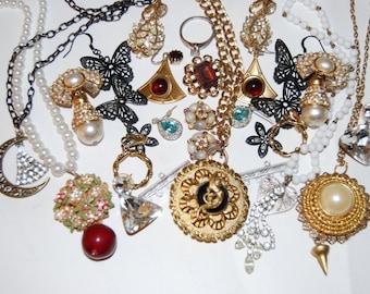 Sale Large Vintage Jewelry Lot Rhinestones Necklaces Earrings Moons Butterflies Flowers