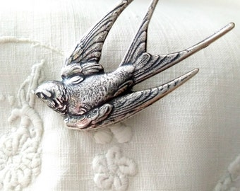 Swallow Bird Brooch. Silver bird brooch. Woodland Jewelry. Antique silver brooch. Vintage bird brooch