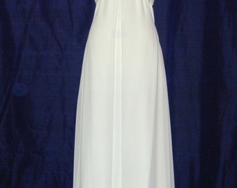 A Truly Elegant Carmela Sutera dress,  size 4