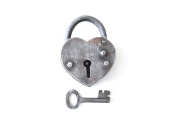 Silver Heart Lock / love lock . heart padlock . heart decor gift . Ring Pillow Alternative . anniversary gifts for boyfriend