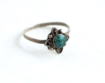 Turquoise Ring Mexican Sterling Silver Size 7 .25 Dainty Vintage Southwestern Boho Jewelry Under 20