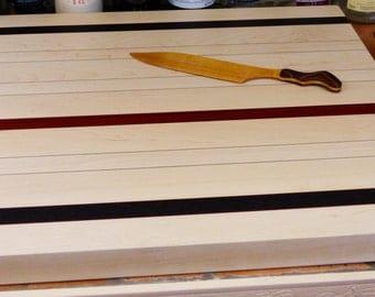 Wood countertop cutting board (medium)