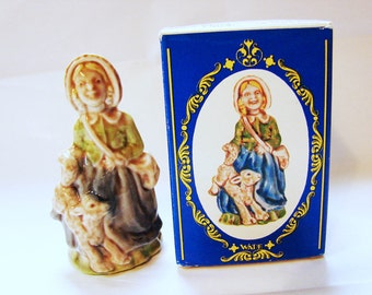 MARY LAMB Wade Figurines, Large Wade Whimsie Made in England from Mary Had a Little Lamb Wade Rhyme Figurine with Box