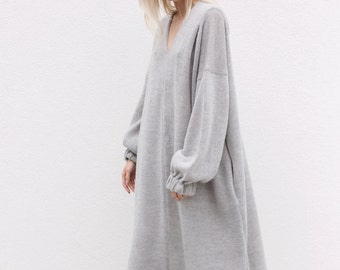 Minimalist dress. Oversized dress. Wool dress. V neck dress. Loose dress. Gray dress.
