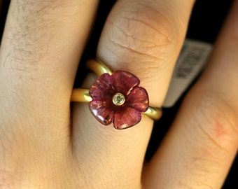 22 kt Pink Flower Ring with Diamond