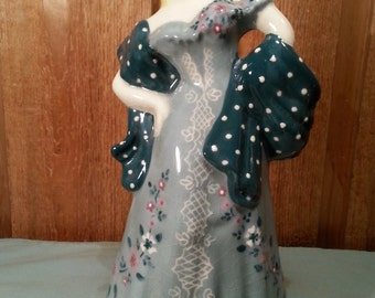 Sassy Lady Figurine Vase -  Rare Incised Dress with Polka Dot Shawl - Weil Ware Style