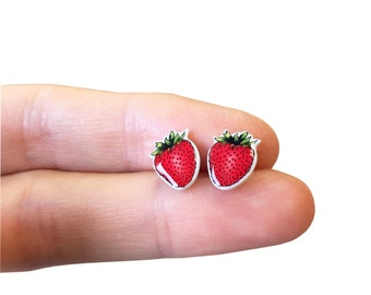 Strawberry earrings - Strawberry Stud -Earrings - Fruit - Unique Jewlery - Summer - Gift Ideas - Berries - Red - Cute - For her - Gifts