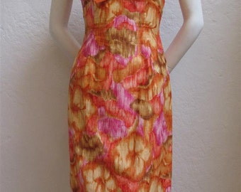 1960's Mildred's Of Hawaii Sleeveless Orange And Pink Wiggle Dress - Size: 25 Inch Waist