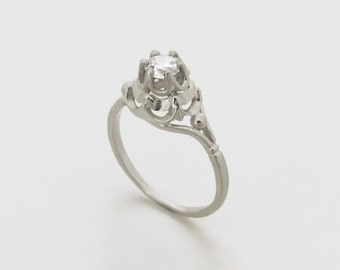 Unique diamond engagement ring, Vintage style engagement ring, antique style diamond ring, Solitaire Ring, 14k white gold ring with diamond.