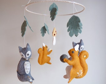 Fox and Squirrel Mobile - Wool Felt mobile - Baby crib mobile - Woodland Nursery