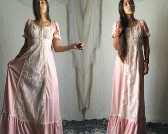 70s Pink Prairie Maxi Dress // Vintage Folk Boho Polyester Princess Bridesmaid Short Sleeve Dress // Size: S