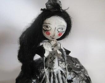OOAK doll, gothic art doll, victorian doll, art doll, paper mache, poupée d'art
