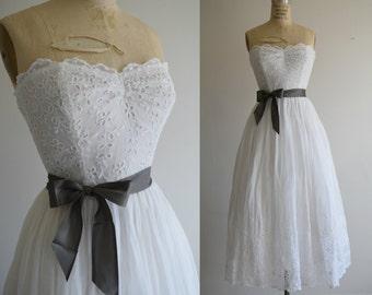 Vintage 1940s White Eyelet Strapless 1940's Wedding Dress // Scalloped Bodice Tea Length 1940s - 1950s Simple Wedding Gown //