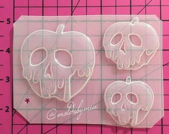 ON SALE SALE!! Poison apples 3 size flexible plastic resin mold set