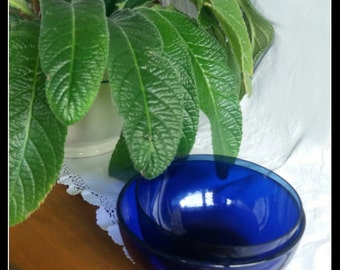 Vintage finnish Iittala blue glass bowls, two different