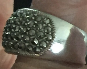 Sale! Sparkling Black & Sterling Vintage Ring
